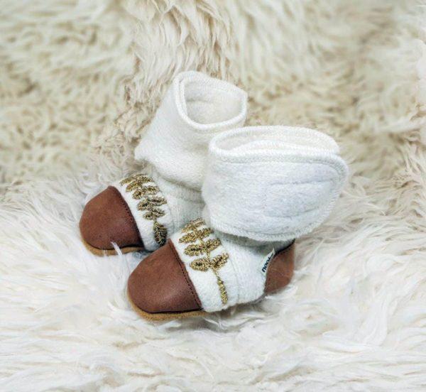 Tildaleins-Shop-NooksDesign-Booties-snowowl-seitlich