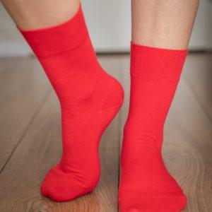 Tildaleins-Shop-BeLenka-Socken-rot-vorne