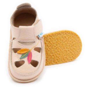 Dodoshoes Sandale Creme Mit Tulpe Vorne