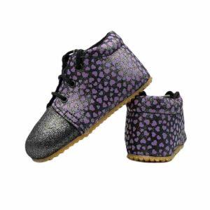 Tildaleins-Shop-beda-barfussschuhe-dark-violette-mit-herzen-hinten